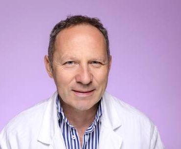 Profesor Srđan Đurđević novi načelnik Odeljenja operativne ginekologije i stalno pojačanje u Genesis timu